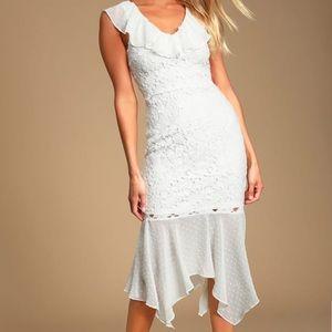 🆕 NWT Lulu's White Classy Lace Ruffle Midi Dress